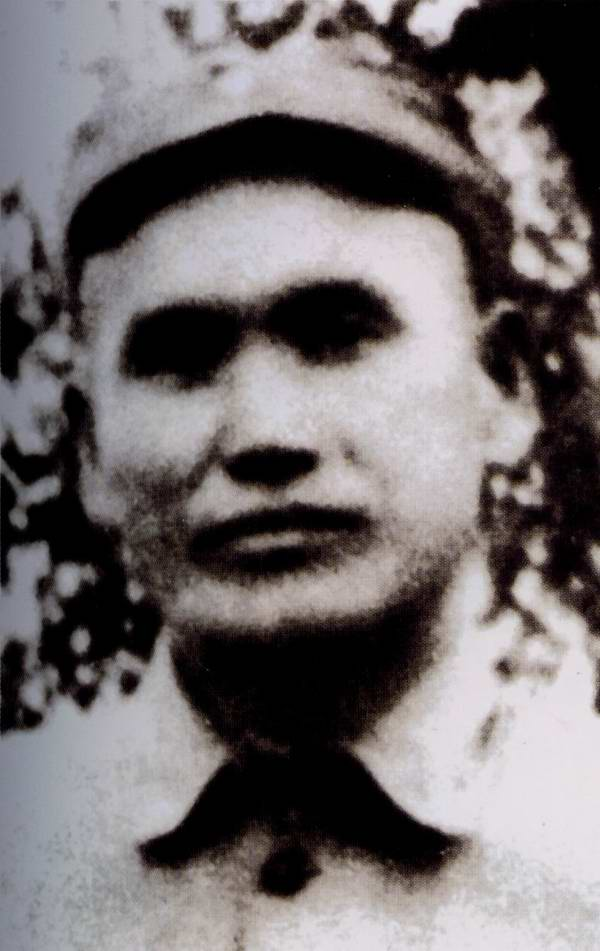 周骏鸣(1902-2003),河南确山人。1933年加入中国 ...